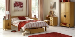 Pickwick Bedroom Furniture Set (5)
